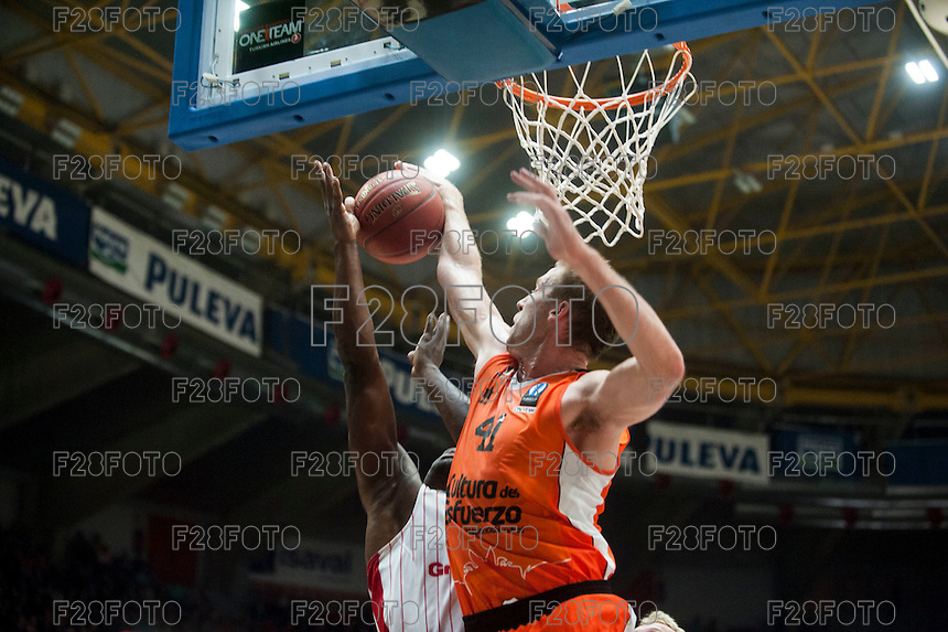 VALENCIA, SPAIN - NOVEMBER 18: Justin Hamilton during EUROCUP match between Valencia Basket Club and CAI SLUC Nancy at Fonteta Stadium on November 18, 2015 in Valencia, Spain