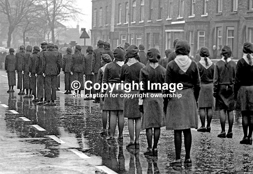 ira single catholic girls When jean mcconville was done to death by the ira in 1972  mcconville family a single shot  of male and female ira members four girls dragged .