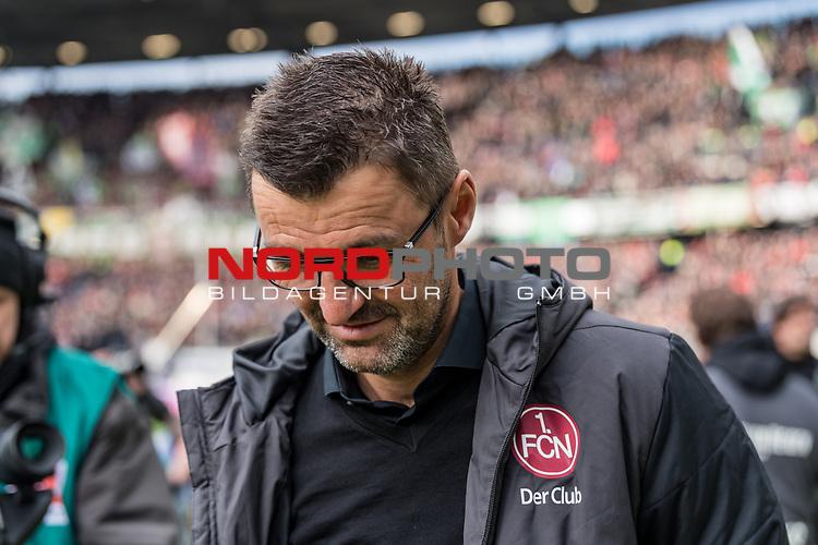 09.02.2019, HDI Arena, Hannover, GER, 1.FBL, Hannover 96 vs 1. FC Nuernberg<br /> <br /> DFL REGULATIONS PROHIBIT ANY USE OF PHOTOGRAPHS AS IMAGE SEQUENCES AND/OR QUASI-VIDEO.<br /> <br /> im Bild / picture shows<br /> Michael Köllner / Koellner (Trainer 1. FC Nuernberg) mit gesenktem Kopf, <br /> <br /> Foto © nordphoto / Ewert