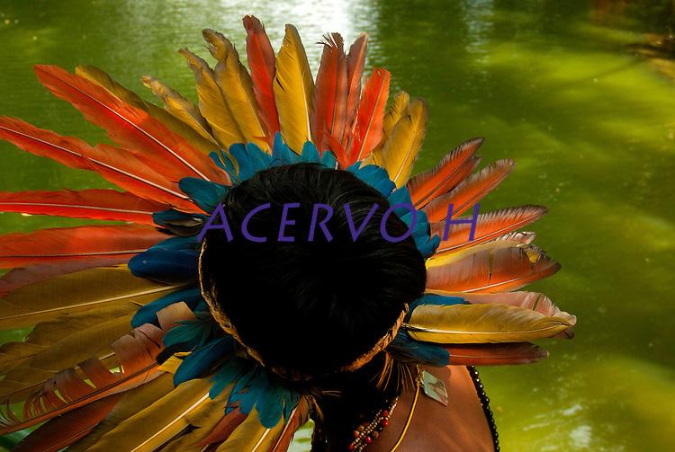 Os Jogos dos Povos Ind&iacute;genas (JPI) chegam a sua d&eacute;cima edi&ccedil;&atilde;o. Neste ano 2009, que acontecem entre os dias 31 de outubro e 07 de novembro. A data escolhida obedece ao calend&aacute;rio lunar ind&iacute;gena. com participa&ccedil;&atilde;o  cerca de 1300 ind&iacute;genas, de aproximadamente 35 etnias, vindas de todas as regi&otilde;es brasileiras. <br /> Paragominas , Par&aacute;, Brasil.<br /> Foto Paulo Santos<br /> 05/11/2009
