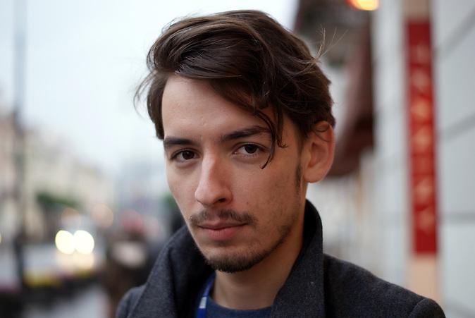 Patryk Zalasinski aus Polen findet es schade, dass seine Generation die Euphorie nicht mehr teilt, die er von den Bildern aus dem Jahr des Mauerfalls kennt. Er studiert Soziologie und Polonistik und arbeitet freiberuflich als Journalist.