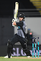 Mitchell Santner.<br /> Pakistan tour of New Zealand. T20 Series.2nd Twenty20 international cricket match, Eden Park, Auckland, New Zealand. Thursday 25 January 2018. &copy; Copyright Photo: Andrew Cornaga / www.Photosport.nz