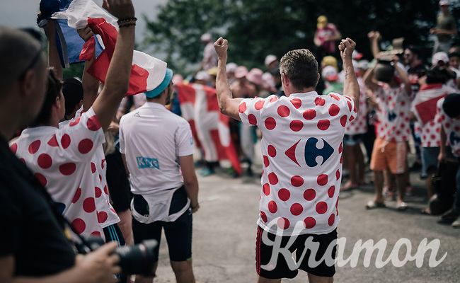 fans up the final HC climb of the day: the Mont du Chat (HC/8.7km/10.3%)<br /> <br /> 104th Tour de France 2017<br /> Stage 9 - Nantua › Chambéry (181km)