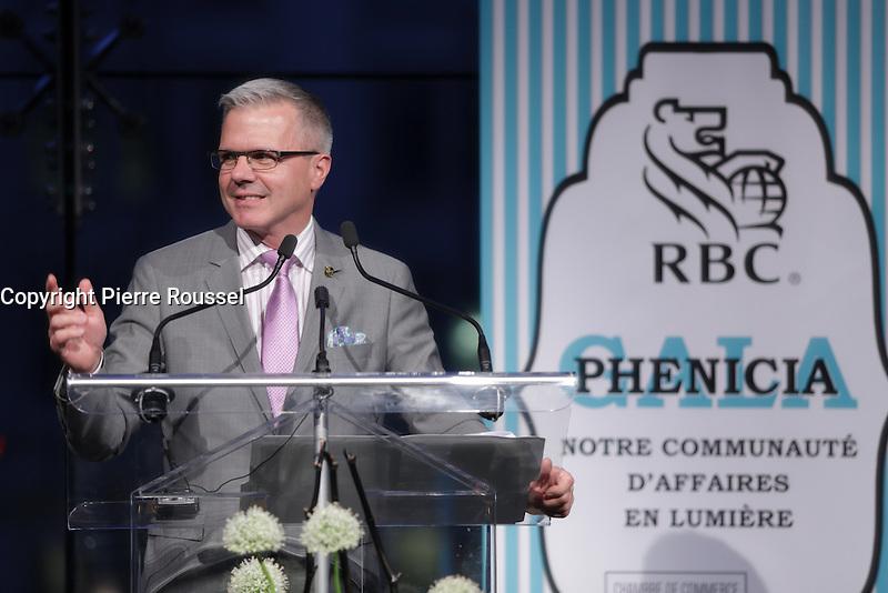Maurice Cote<br /> ,V-P, RBC Banque Royale <br />  au Gala Phenicia de la Chambre de Commerce LGBT du Qu&eacute;bec, tenu au Parquet de la Caisse de Depots et Placements du Quebec, jeudi, 26 mai 2016.<br /> <br /> <br /> PHOTO : Pierre Roussel -  Agence Quebec Presse