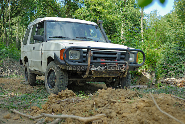Off roading one of the very first 1988 Land Rover Discovery Tdi200 prototypes C60JKG, now part of the Dunsfold Collection. Europe, UK, England. --- Automotive trademarks are the property of the trademark holder, authorization may be needed for some uses.