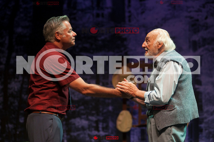 Argentinian actor Hector Alterio and Camilo Rodriguez perform during `El lago dorado´ theater play in Madrid, Spain. August 17, 2015. (ALTERPHOTOS/Victor Blanco)