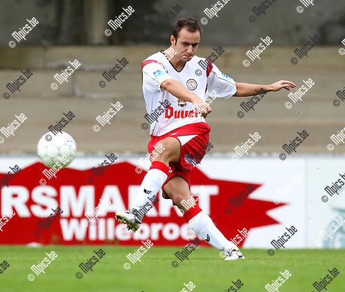 2007-09-02 / Voetbal / Willebroek-Meerhof / Laurens Melotte