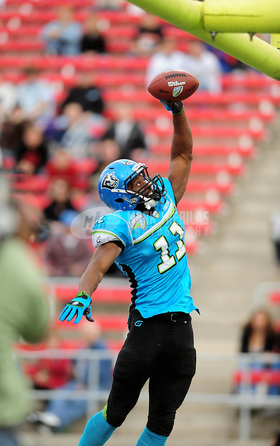 Nov. 27, 2009; Las Vegas, NV, USA; Florida Tuskers wide receiver (11) Marcus Maxwell celebrates after scoring a touchdown in the first quarter against the Las Vegas Locomotives during the UFL championship game at Sam Boyd Stadium. Mandatory Credit: Mark J. Rebilas-
