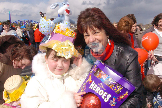 Chloe Leech being presented with her first prise for the Easter Bonnett competition from Renee Reidy at the opening of the New playground Sponsored by Drogheda Concentrates.Photo Fran Caffrey Newsfile.ie..This Picture has been sent to you by Newsfile Ltd..The Studio,.Millmount Abbey,.Drogheda,.Co. Meath,.Ireland..Tel: +353(0)41-9871240.Fax: +353(0)41-9871260.ISDN: +353(0)41-9871010.www.newsfile.ie..general email: pictures@newsfile.ie