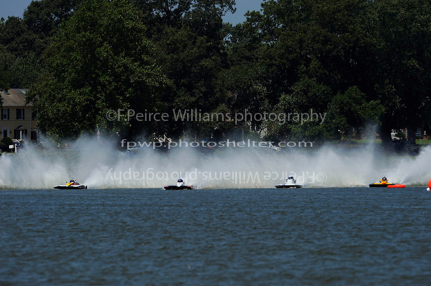 """Start, (L to R): Buster Graham, A-66 """"Mr. Bud III"""", Tom Thompson, A-52 """"Fat Chance Too"""", Jim Aid, A-33 """"In Cahoots Again"""" and Dan Kanfoush, A-600 """"Old Crow"""" (2.5 MOD class hydroplane(s)"""