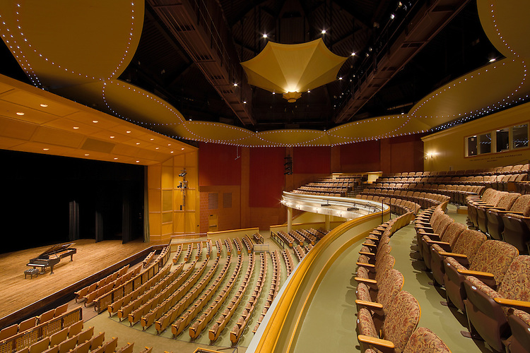 McCoy Center for the Performing Arts   Westlake Reed Leskosky