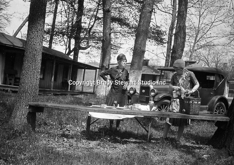 East Brady PA:  Stewart family stopping for lunch near East Brady PA during a day trip - 1927.  Having lunch before traveling up to Lake Erie for a family vacation