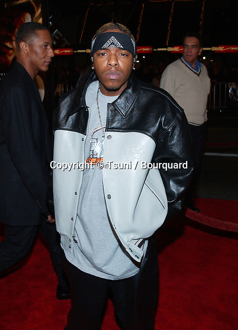 Sisqo arriving at the premiere of Ali at the Chinese Theatre in Los Angeles. December 12, 2001.          -            Sisqo26.jpg
