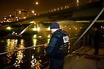 Charenton. Paris, France. 6 Mai 2009..Brigade Fluviale de Paris..0h55 Intervention sur un feu electrique sous le pont de Charenton..Charenton. Paris, France. May 6th 2009..Paris fluvial squad..0:55 am Intervention on a fire under a bridge...