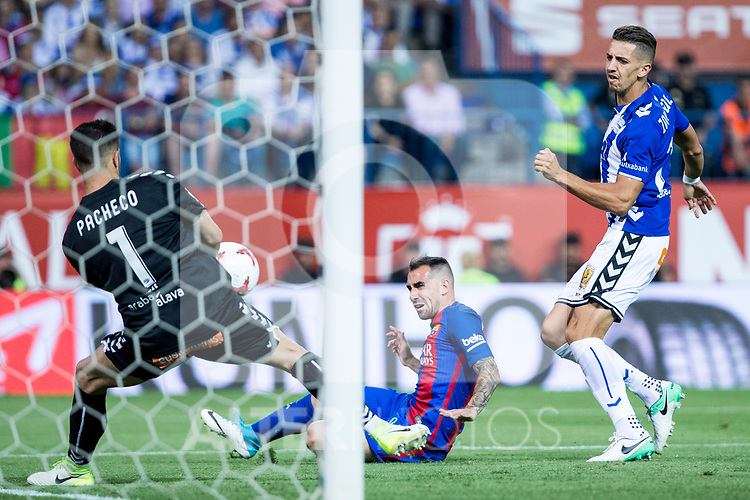 Fernando Pacheco of Club Deportivo Alaves and Lucas Digne during the match of  Copa del Rey (King's Cup) Final between Deportivo Alaves and FC Barcelona at Vicente Calderon Stadium in Madrid, May 27, 2017. Spain.. (ALTERPHOTOS/Rodrigo Jimenez)