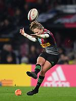 28th December 2019; Twickenham, London, England; Big Game 12 Womens Rugby, Harlequins versus Leinster; Emily Scott of Harlequins kicks a conversion - Editorial Use