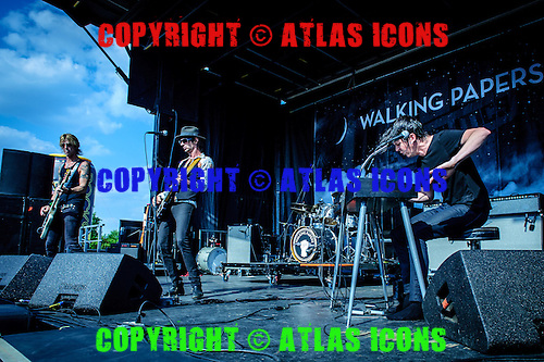 WALKING PAPERS,  LIVE, 2013, <br /> PHOTOCREDIT:  IGOR VIDYASHEV/ATLASICONS