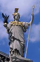 Europe/Autriche/Niederösterreich/Vienne: Le parlement - Sculpture d'Athena sur la fontaine