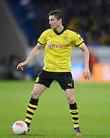 FUSSBALL   1. BUNDESLIGA   SAISON 2012/2013   17. SPIELTAG   TSG 1899 Hoffenheim - Borussia Dortmund      16.12.2012           Robert Lewandowski (Borussia Dortmund) am Ball