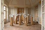 Scultura internazionale al Castello di Aglie. Sculpture exhibition in the park of the Castle of Aglie. Here the work of Livio Seguso.