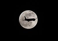 Luna / Moon, Bogota, Colombia. 05-09-2017