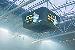 Solna 2015-10-04 Fotboll Allsvenskan AIK - Malm&ouml; FF :  <br /> Vy &ouml;ver Friends Arena med hyllning till fd AIK-m&aring;lvakten Ivan Turina p&aring; jumbotronen under matchen mellan AIK och Malm&ouml; FF <br /> (Foto: Kenta J&ouml;nsson) Nyckelord:  AIK Gnaget Friends Arena Allsvenskan Malm&ouml; MFF inomhus interi&ouml;r interior supporter fans publik supporters hyllning hylla