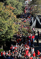 The Ohio State Buckeyes head to Ohio Stadium before the college football game between the Ohio State Buckeyes and the Maryland Terrapins in Columbus, Saturday afternoon, October 10, 2015. (The Columbus Dispatch / Eamon Queeney)