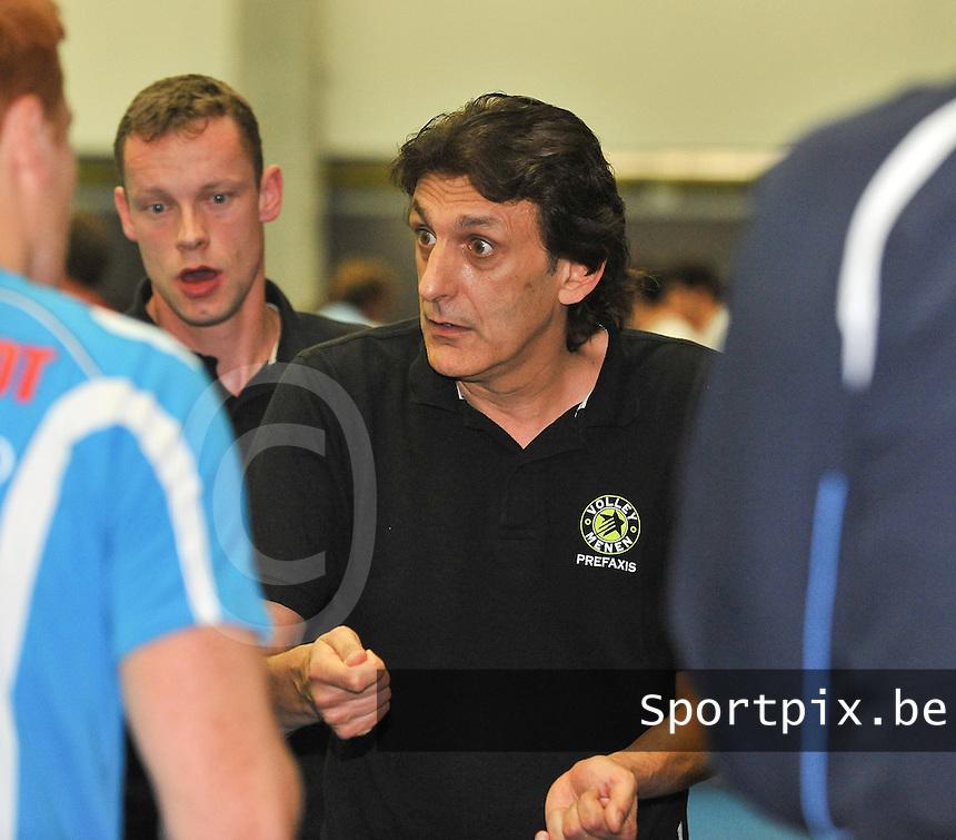 VC Prefaxis Menen : coach Alain Dardenne.foto VDB / BART VANDENBROUCKE
