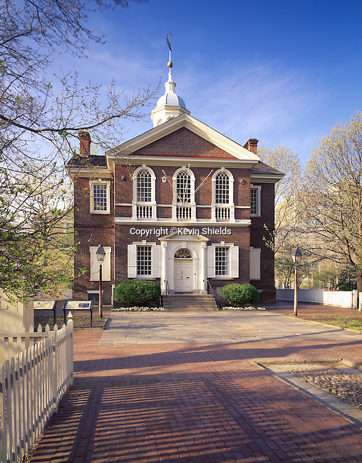 Carpenters Hall in Philadelphia, Pennsylvania, USA, where the First Continental Congress convened in September 1774 to air grievances against King George III