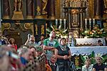 Święta Lipka, 2009-08-13. Sanktuarium Maryjne - Bazylika pw. Nawiedzenia NM Panny w Świętej Lipce, pielgrzymi