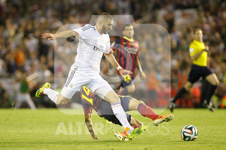 Real Madrid´s Karim Benzema during the Spanish Copa del Rey `King´s Cup´ final soccer match between Real Madrid and F.C. Barcelona at Mestalla stadium, in Valencia, Spain. April 16, 2014. (ALTERPHOTOS/Victor Blanco)