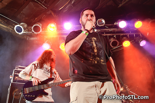 Blood of Heroes in concert at Pop's in Sauget, IL on Apr 17, 2011.