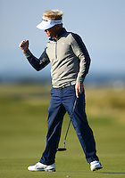 Soren Kjeldsen of Denmark celebrates a putt during Round 2 of the 2015 Alfred Dunhill Links Championship at the Old Course, St Andrews, in Fife, Scotland on 2/10/15.<br /> Picture: Richard Martin-Roberts | Golffile