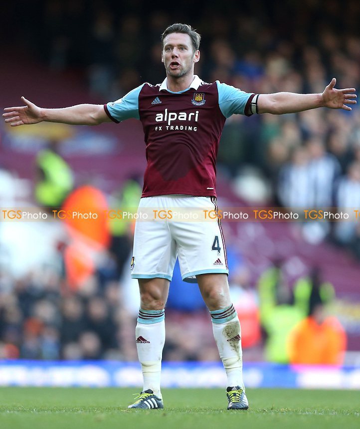 Kevin Nolan of West Ham - West Ham United vs West Bromwich Albion, Barclays Premier League at Upton Park, West Ham - 28/12/13 - MANDATORY CREDIT: Rob Newell/TGSPHOTO - Self billing applies where appropriate - 0845 094 6026 - contact@tgsphoto.co.uk - NO UNPAID USE