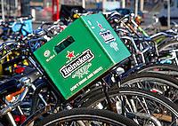 Heineken kratje op een fiets