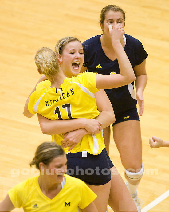 Michigan vs. Missouri volleyball at Cliff Keen Arena on 9/12/09.