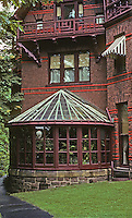 Hartford: Twain House--Conservatory. Photo '91.