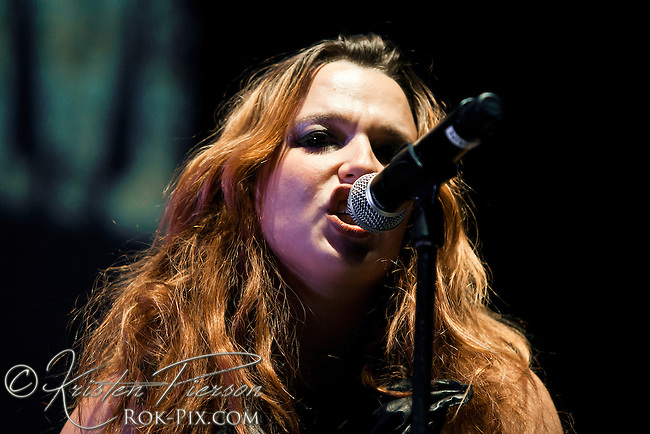 Carnival of Madness: Halestorm perform at Mohegan Sun Arena on August 30, 2012