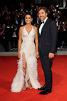 Spanish actress Penelope Cruz and her husband, actor Javier Bardem, pose on the red carpet for the premiere of the movie ''Loving Pablo' at the 74th Venice Film Festival on September 6, 2017 in Venice, Italy.<br /> UPDATE IMAGES PRESS/Marilla Sicilia<br /> <br /> *** ONLY FRANCE AND GERMANY SALES ***