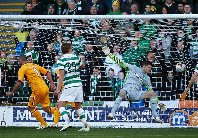 Michael Higdon scores for Motherwell