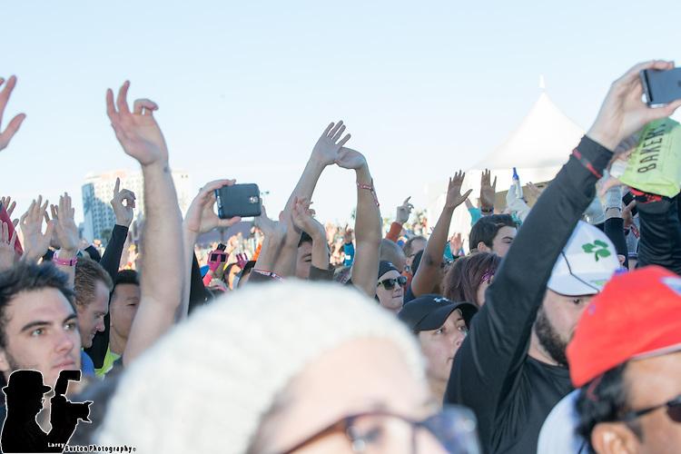 The Grammy Award winners  Macklemore & Ryan Lewis  headlined the Rock 'n' Roll Las Vegas Marathon & ½ Marathon to benefit the Crohn's & Colitis Foundation of America.