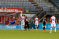 EMMEN - Voetbal, FC Emmen - Quick 20,Jens Vesting,  voorbereiding seizoen 2017-2018, 20-07-2017 FC Emmen speler Youri Loen scoort 3-0 uit een vrije schop