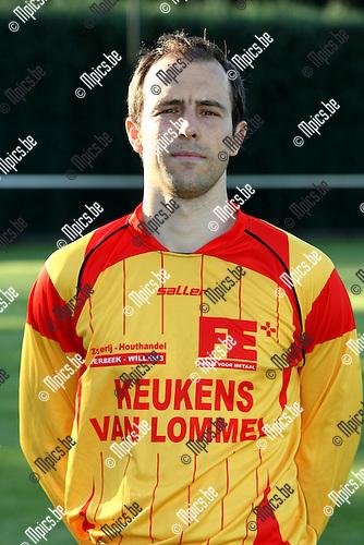 2009-08-04 / Voetbal / seizoen 2009-2010 / KFC Oosterzonen / Wouter Maes..Foto: Maarten Straetemans (SMB)