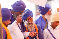 Asia,India,Punjab, Anandpur Sahib, sikh pilgrims with their turbans  and wepons to the Holla Mohalla annual festival