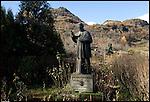 Monumento a Monsignor Edoardo Rosaz