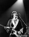 Paul McCartney in Wings 1975.© Chris Walter.