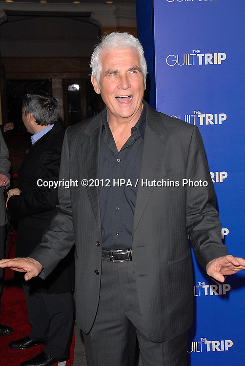LOS ANGELES - DEC 11:  James Brolin arrives to 'The Guilt Trip' premiere at Village Theater on December 11, 2012 in Westwood, CA