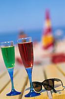 Europe/France/Aquitaine/33/Gironde/Bassin d'Arcachon/Arcachon/Pilat-Plage: Verres et paire de lunettes sur la plage du Petit Nice