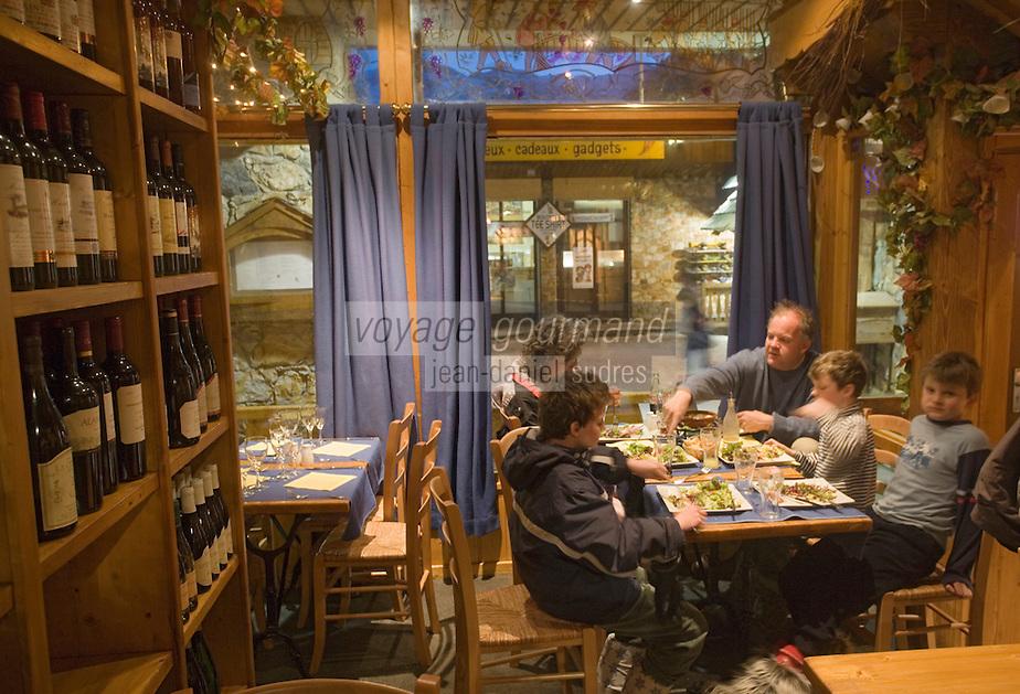 Europe/France/Rhone-Alpes/73/Savoie/Val-Thorens : Bar à vin restaurant, Le Blanchot. Le bar à vin le plus haut d'Europe