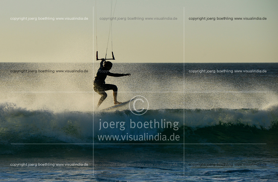 Spain, Andalusia, Tarifa, kite surfer in atlantic ocean